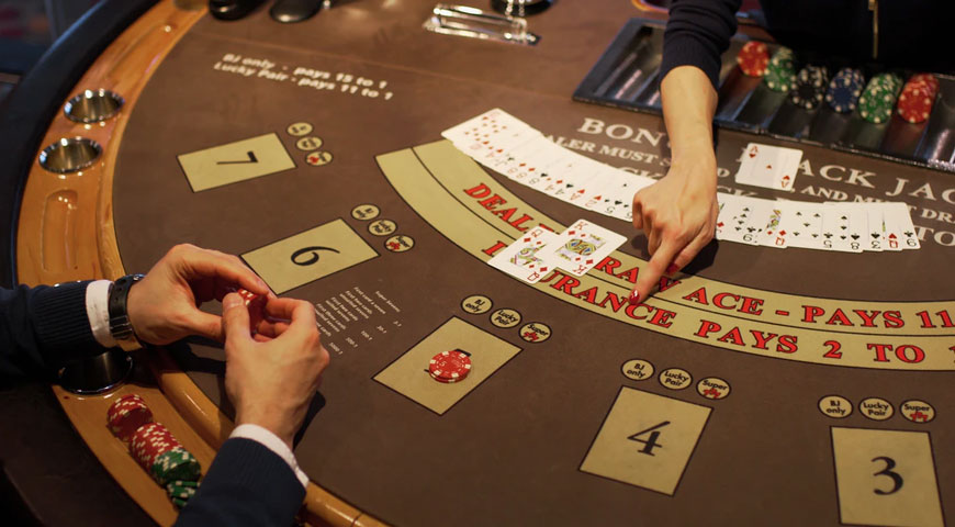 Featured Image Casinos and Gambling in Films - Casinos and Gambling in Films